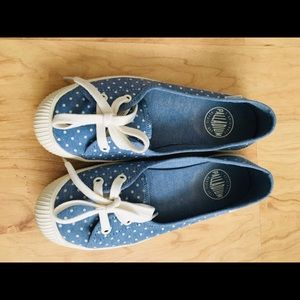 Girly flat shoes!